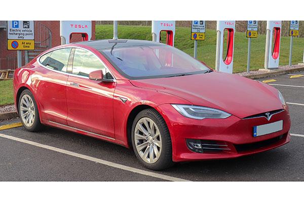 Tesla เตรียมยุติการผลิต Model S และ Model X